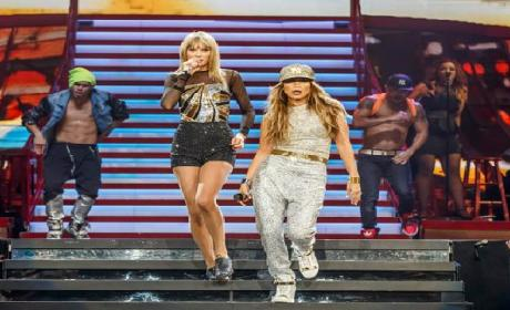 "Taylor Swift and Jennifer Lopez Duet on ""Jenny from the Block"""
