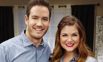 Tiffani Thiessen and Mark-Paul Gosselaar Reunite! On TV!