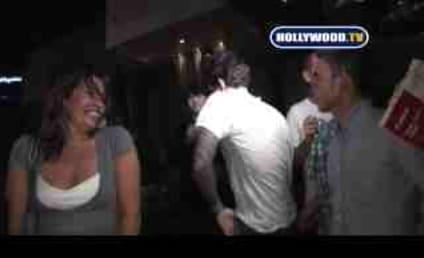 John Mayer: Covered in Kisses, Ignoring Drunk Girl