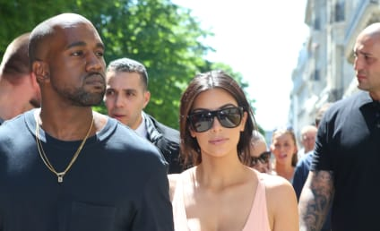 Kim Kardashian & Reggie Bush: Exchanging Flirty Texts While She Was Dating 'Ye?!
