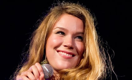 Joss Stone Targeted in Robbery, Assassination Plot