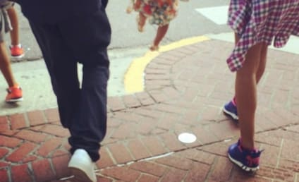 Beyonce Dodges Divorce Rumors With Cute Family Photo!