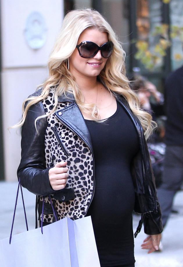 Pregnant Jessica Simpson Picture