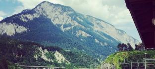 Gwen Stefani Breastfeeding Photo: A Gorgeous, Mountainous Landscape