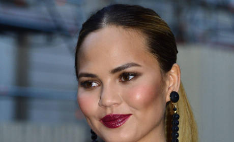 Chrissy Teigen Close Up