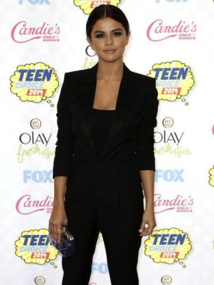 Selena Gomez at the 2014 Teen Choice Awards