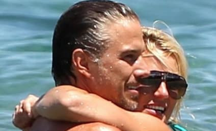 Britney Spears and Jason Trawick: Hot in Hawaii!