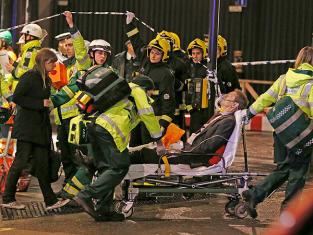Apollo Theatre in London Collapses