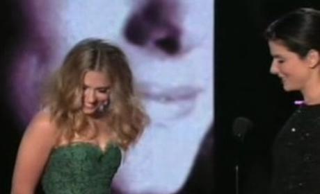 Scarlett Johansson and Sandra Bullock Kiss