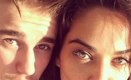 Justin Bieber Snaps Selfie with Shanina Shaik, Immediately Shoots Down Dating Rumors