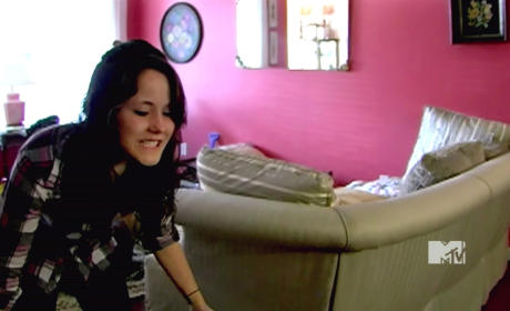 Teen Mom 2 Recap: Jenelle Evans Beats Roommate With Drumsticks, Corey Lets Kids Live in Squalor