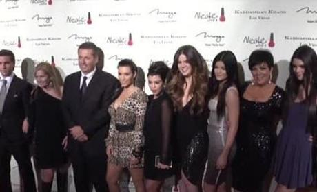 Kardashians to Sign $40 Million Deal?!?