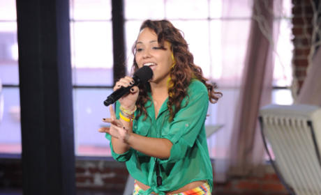 Jennel Garcia Photo