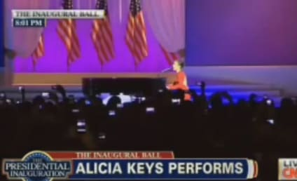 Alicia Keys Inaugural Ball Performance: Obama on Fire!