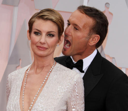 Faith Hill And Tim Mcgraw Rock Red Carpet Pda Look Like