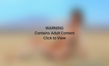Kim Kardashian Nude Desert Pic