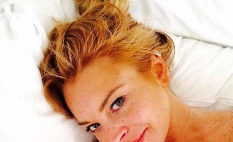 Lindsay Lohan Goes Makeup-Free, Boasts About Acting Job