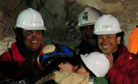Chilean Miners Rescued, Celebs Tweet Reactions