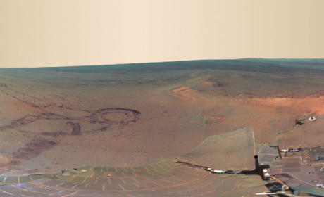 New Mars Photo Released By NASA: Panoramic, Awesome!