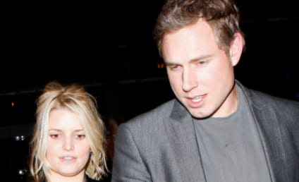 Jessica Simpson to Announce Pregnancy Next Month?