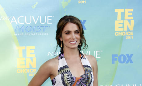 Teen Choice Awards Fashion Face-Off: Ashley Greene vs. Nikki Reed, Take II!