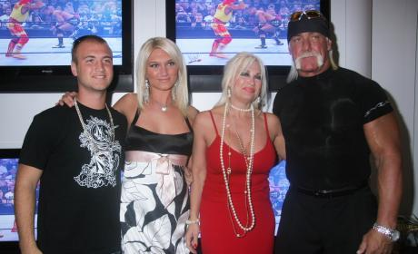 Linda Hogan: Hulk Hogan RUINED My Life!!!