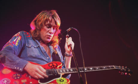 Alvin Lee Dies; Woodstock Guitarist Was 68