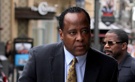 Alberto Alvarez, Michael Jackson Bodyguard, to Testify Against Dr. Conrad Murray