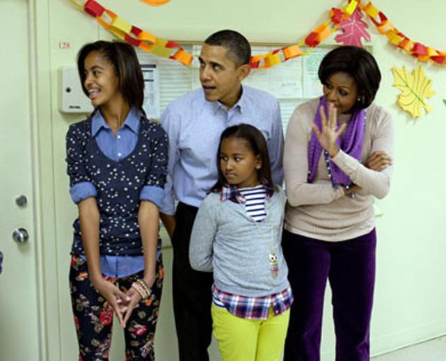 Barack michelle malia and sasha obama