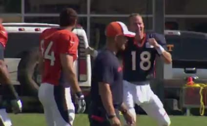 "Peyton Manning ""Dances"" During Practice, Makes Total Fool of Himself"