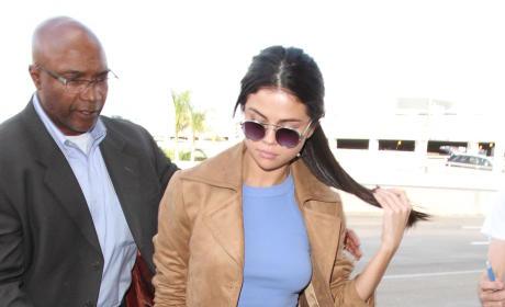 Selena Gomez Leaves LA