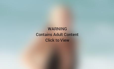 Ke$ha Bikini Picture