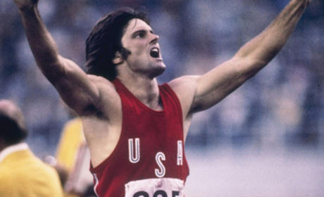 17 Bruce Jenner Transformation Photos: Plastic Surgery? Sex Change? WTF?!