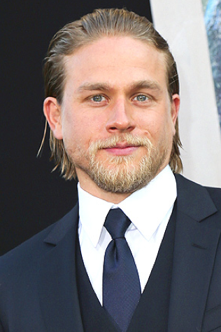 Charlie Hunnam Picture