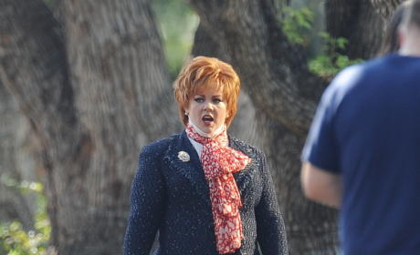 Melissa McCarthy Shows Off 50 POUND Weight Loss on Set of New Movie!