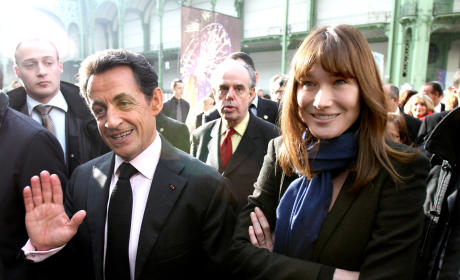 Carla Bruni Naked Photos Disrupting Sarkozy's UK Trip