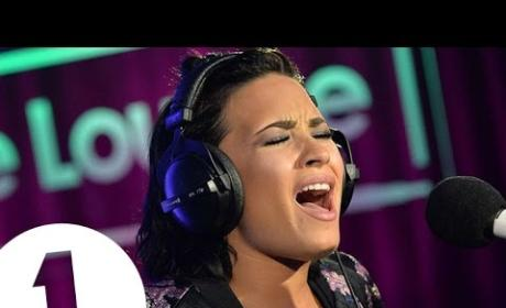 "Demi Lovato Covers ""Take Me to Church,"" is BRILLIANT"