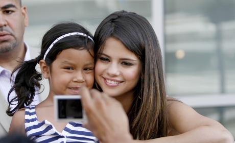 Battle of The Jonas Brothers' Babes: Selena Gomez vs. Danielle Deleasa