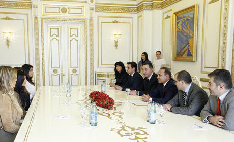 Kim, Khloe, Prime Minister of Armenia