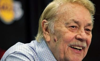 Jerry Buss Dies; Lakers Owner Was 80