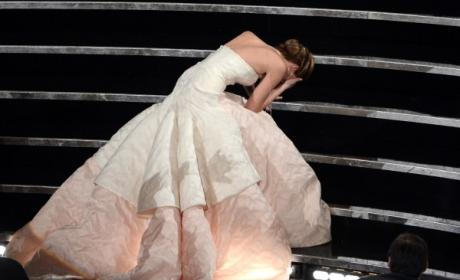 Jennifer Lawrence Falls