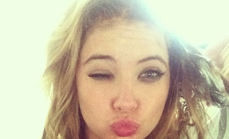 Ashley Benson Mocks Amanda Bynes in Hilarious Instagram Selfie
