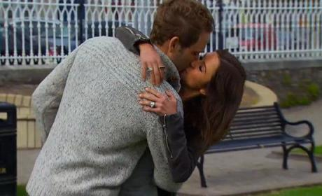 Nick Viall Kissing Kaitlyn Bristowe