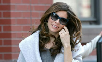 Jessica Biel Ogled By Leering Diddy