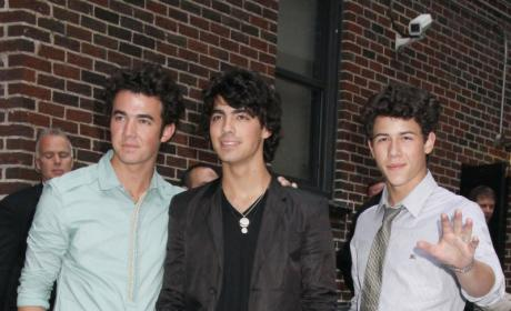 The Jonas Brothers to be Privileged, 90210'd