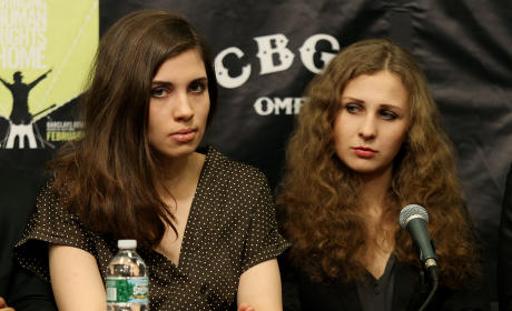 Pussy Riot Members Booted: Maria Alyokhina and Nadezhda Tolokonnikova Are Out