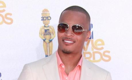 T.I. or Diddy: Who looked better at the MTV Movie Awards?