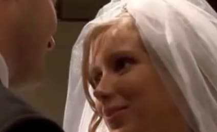 "Josh Duggar Sings ""Loyalty Song"" For Anna in 19 Kids Wedding Episode: Watch, Get Sick Now!"