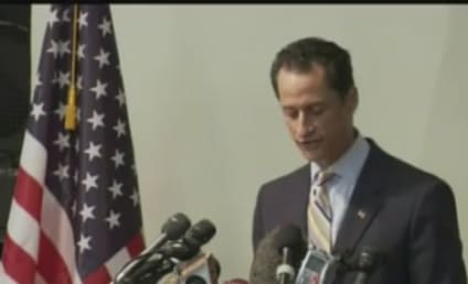 Anthony Weiner Heckler Threatned with Paralysis