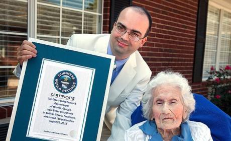 Besse Cooper, World's Oldest Woman, Turns 116!